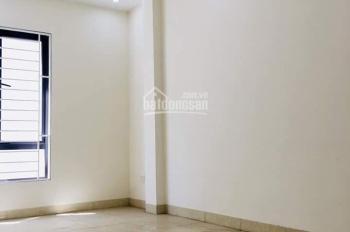 Bán nhà ngõ 176 Trương Định, 30,2m2, 4 tầng, nhà cách đầu ngõ khoảng 50 - 60m, giá 2,4 tỷ