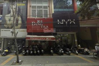 Cho thuê cửa hàng mặt phố Giảng Võ nhà cực thoáng, DT 30m2, MT 4m, giá 30,089 tr/th LH 0974739378