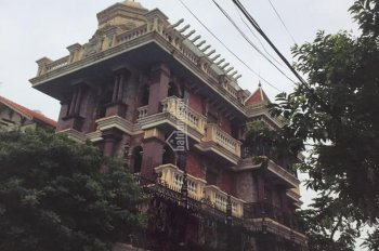Cho thuê gấp BT05 khu 1,3ha Quảng An, Tây Hồ, diện tích 239m2x5T. LH 0968661353