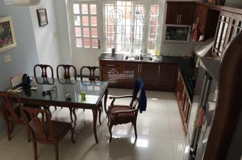 Cho thuê nhà mặt tiền đường Nguyễn Hoàng, P. An Phú Q2, DT 80m2, giá 32tr/th