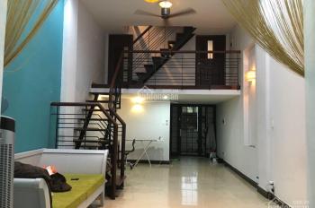 Cho thuê căn hộ 3 phòng ngủ vị trí trung tâm, trên đường Lê Lợi, quận 1, giá thuê 20.5 triệu/tháng