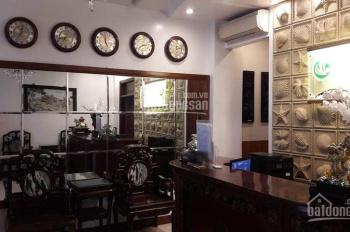 Bán khách sạn phố Đào Tấn, 9 tầng, 82m2, hiệu suất kinh doanh cao, 20.9 tỷ