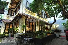 Bán gấp villa đường Tú Xương, P7, Quận 3. DT: 20x23m, trệt 3 lầu sân vườn giá 75 tỷ