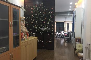 Cho thuê nhà mặt phố Lê Đại Hành: DT 80m2, MT 4m, vị trí đẹp thuận tiện kinh doanh. LH 0936030855