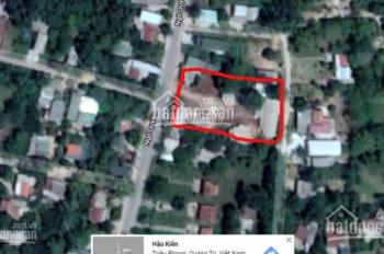 Bán đất diện tích đất ở gần 2000m2 thích hợp cho đầu tư phân lô, cách thị xả Quảng Trị 5 phút
