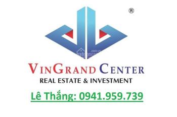 Nhà mặt tiền đường 136 - 138 Hùng Vương, Phường 2, Quận 10. DT: 8m x 25m, 30Shine thuê 1.7 tỷ/năm