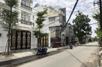 Chính chủ cần bán nhà 3 tầng DTSD (240m2) gần chợ Hiệp Bình, có gara ôtô, sổ hồng riêng