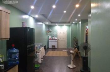 Chuyển xuống nhà đất nên gia đình cần bán căn hộ góc tầng 16 HH2B Linh Đàm DT 70,36m2 2PN, full NT