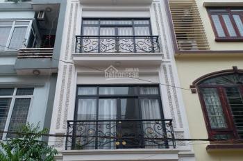 Cho thuê nhà mặt Thái Hà, DT 70m2 x 5T, MT 5m, ô tô đỗ cửa, giá thuê 30 tr/th, LH: 0903215466