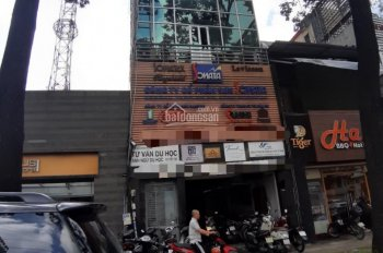 Khu sầm uất nhất đường Trương Quyền, kinh doanh đa dạng, nhà 3 lầu, q3 - 0828747479