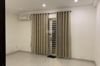 Cho thuê căn hộ 2 phòng ngủ MT đường Tứ Hải, Tân Bình