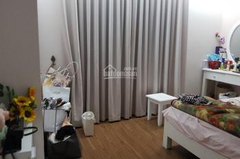 Chính chủ cần bán căn hộ 3 phòng ngủ 115m2, tặng lại toàn bộ nội thất giá hợp lý tòa C37 Bắc Hà