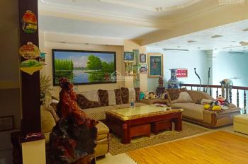 Nhà 186m2, 2 mặt tiền đường Ngô Quyền, 12 phòng, cực đẹp để kinh doanh khách sạn, văn phòng