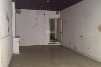 Cần cho thuê nhà mặt phố Khâm Thiên, DT 140m2 x 2T, MT 4.5m, giá 35tr/th. LH Hiếu 0974739378