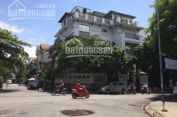 Cho thuê biệt thự Ung Văn Khiêm, P25, Bình Thạnh, 8x22m, hầm, trệt, 3 lầu diện tích: 8x22m