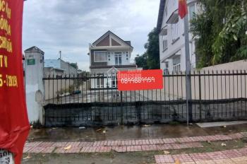Cho thuê đất trống giá rẻ mặt tiền kinh doanh đường Trần Hưng Đạo, Dĩ An. DT: 8x23m, LH: 0899889959