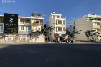 Cho thuê đất ở mặt tiền đường 28 khu đô thị Phước Long. LH: Mr. Khánh 097.429.9969