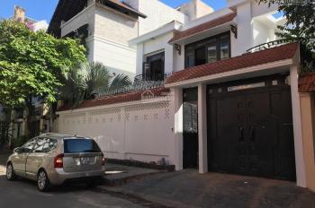 Cho thuê nguyên căn villa đường 12m Đinh Bộ Lĩnh, Q. Bình Thạnh 13 x 25m; 325m2