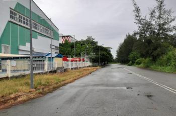 Cần bán lô đất 13C Greenlife, lô E có sổ hồng, giá 3,4 tỷ, liên hệ 0909269766. Hỗ trợ vay vốn