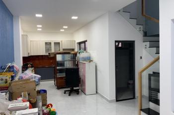 Nhà 1 trệt 1 lầu cách đường Lữ Mạnh 20m - 5.4 x 12.8 m; 70m2 giá 2.95 tỷ, Phường Thanh Bình