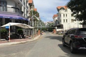 Cho thuê gấp nhà phố khu Him Lam quận 7, 35 tr/th, 6PN, 5WC. LH: 0901 107 116