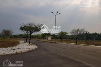 Bán gấp đất biệt thự Villa Thủ Thiêm, gần UBND Q2, giá 25 tr - 35tr/m2 SHR đường 12m. 0947165479 Tứ