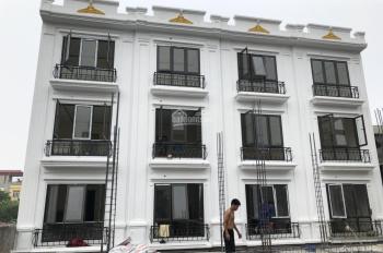 Bán nhà Yên Xá, thiết kế hiện đại, thoáng đãng, gần chợ, (33m2 * 4T * 3PN), 2,25 tỷ. LH 0988842436
