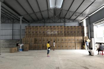 Cho thuê kho xưởng tại đường Hoàng Quốc Việt - Cầu Giấy. DT: 1000m2
