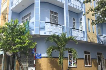 Cho phòng mặt tiền đường Nguyễn Thị Định