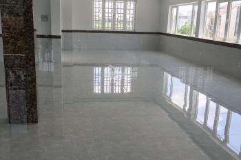 Cho thuê mặt bằng kinh doanh đường Nguyễn Duy Trinh, giá từ 30 - 100tr/th. Tín 0983960579