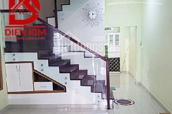 Cho thuê nhà hẻm xe hơi Yên Thế phường 2 quận Tân Bình 1 trệt 3 lầu