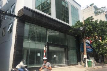 Cho thuê nhà ngõ phố Vạn Phúc, Quận Ba Đình, Hà Nội. Dt 150m2, 2T, Mt 8m, giá 20tr/th