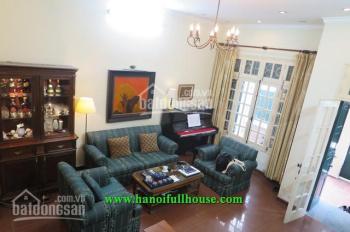 Cho thuê nhà riêng phố Võng Thị, cách mặt hồ 100m, 4 phòng ngủ