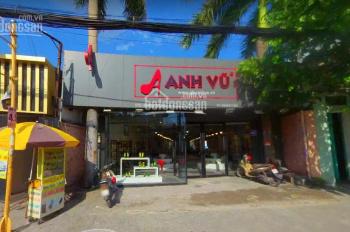 Nhà cho thuê MT Quang Trung, P, Gò Vấp, DT: 10m x 35m, 1 trệt trống suốt ngay ngã 4 Phan Huy Ích