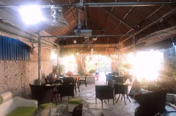 Cho thuê quán coffee, sân vườn rộng 200m2