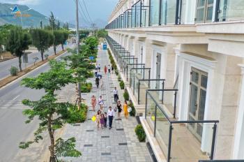 Chính chủ cần bán căn góc Shophouse Lakeside Place, đường Mê Linh và đường 10,5m