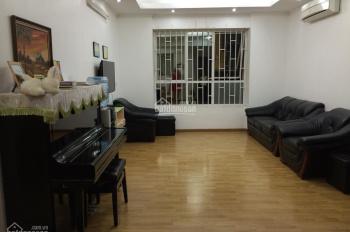 Bán nhà đi định cư bán chung cư N09B2 KĐT Dịch Vọng, diện tích 123m2, căn góc. Sổ hồng