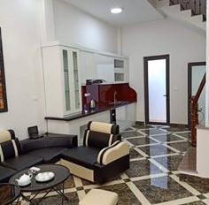 Siêu phẩm nhà riêng 5 tầng phố Trần Điền, ô tô đỗ, ngõ quanh nhà có nhiều tiện ích, giá 3.2 tỷ