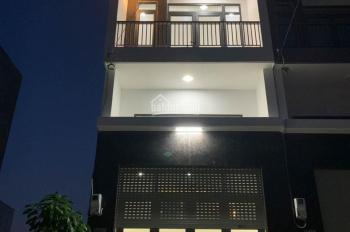 Nhà phố ven sông Sài Gòn Q. 12, 1 lửng 2 lầu, 182m2 DTSD
