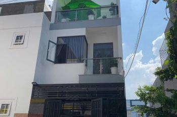Bán nhà mới xây đường Lò Lu, Quận 9, giá 4 tỷ. Liên hệ: 0938672913