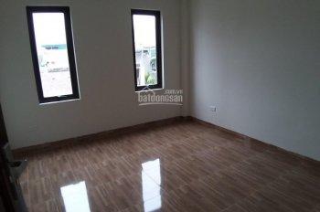 Bán nhà 5 tầng, 3 phòng ngủ ô tô đỗ cửa Phương Canh, Nam Từ Liêm, LH: 0375467161