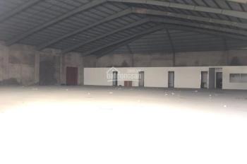 Cho thuê kho xưởng DT 1000m2 Hoàng Quốc Việt, Cầu Giấy, Hà Nội. LH 0979 929 686