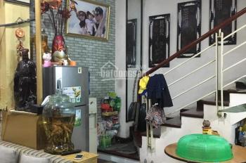 Bán gấp nhà mặt phố Nguyễn An Ninh, vỉa hè rộng, KD tốt, DT 90m2, 4 tầng, LH 0772953924