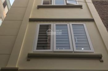 Bán nhà Lĩnh Nam DT 25m2 * 5T xây mới, nhà ngay mặt phố, ngõ rộng, giá 1,25 tỷ, LH 0984672358