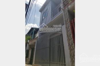 Chính chủ bán gấp nhà mới xây nằm ngay mặt tiền đường Đoàn Nguyễn Tuấn, Bình Chánh