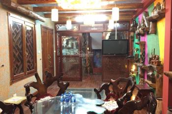 Nhà phân lô khu Huỳnh Thúc Kháng, Nguyên Hồng, DT 65m2, MT 5.5m, giá 14.5 tỷ. LH 0984056396