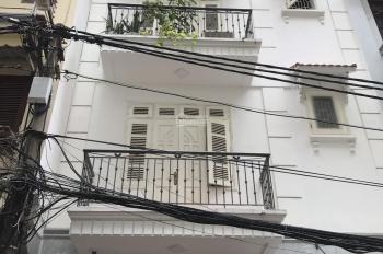 Cho thuê nhà ngõ Chính Kinh, Nhân Chính, DT 70m2, 5 tầng, MT 7m, giá 20 triệu/th, LH: 0399.909.083