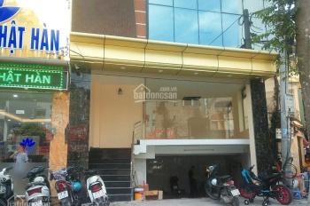 Nhà mới cần cho thuê nhà mặt phố 59 Khúc Thừa Dụ, DT 60m2 x 6T, MT 6m, thông sàn, có thang máy