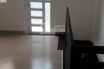 Cần bán gấp căn nhà phố đường Võ Văn Hát, P. Long Trường Q9, DT: 68m2, giá 3 tỷ 1, LH: 0918102161
