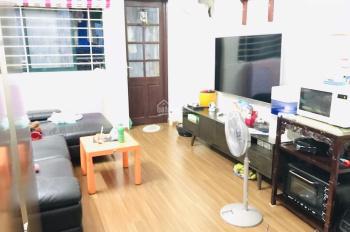 Bán gấp căn hộ chung cư ở Mễ Trì CT4 2 Mễ Trì Hạ diện tích 68m2, đầy đủ nội thất tiện nghi